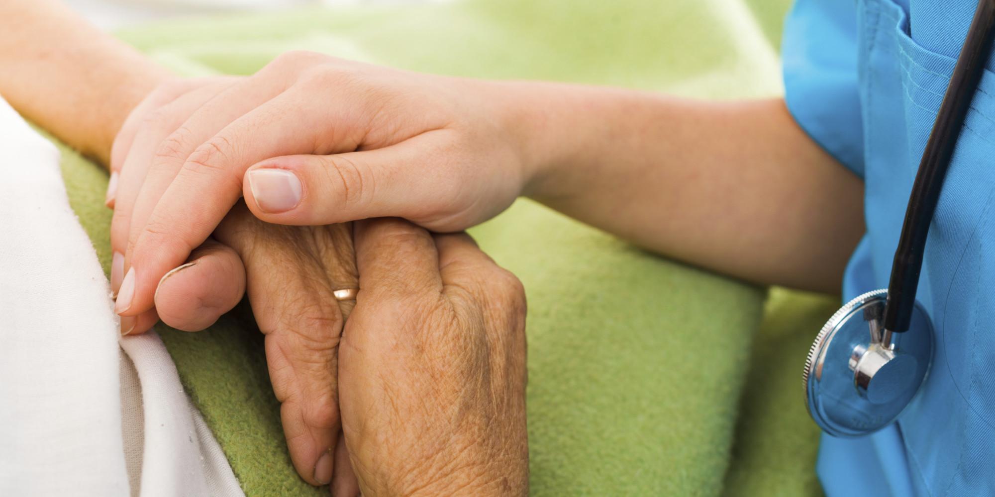 Aseguran desorden del sueño y estreñimiento pueden ser síntomas de Parkinson