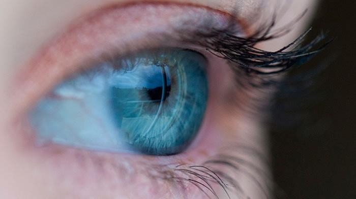 Especialistas debaten sobre tratamientos de cataratas, glaucoma y retinopatía en diabetes