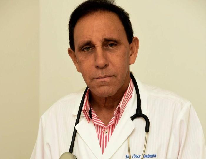 Doctor Cruz Jiminián recibe el alta médica - Diario Salud