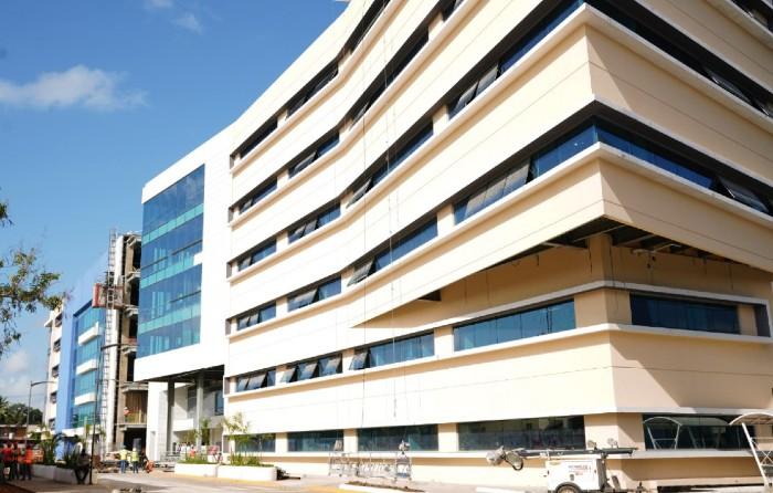 Constructores Ciudad Sanitaria aclaran presunta acusación de robo hacia médicos