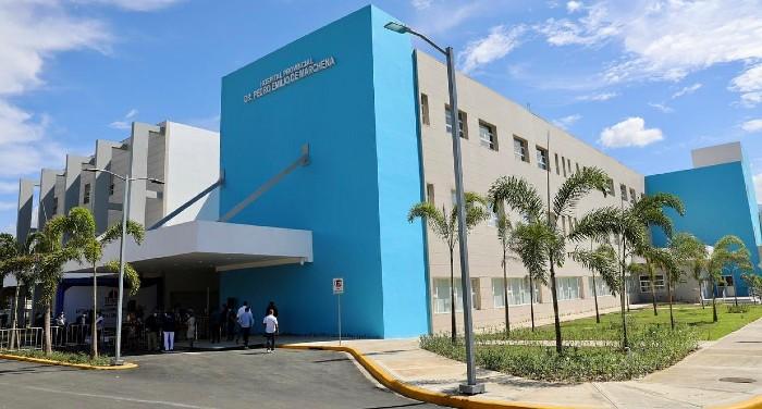 Presidente entrega hospital Marchena en Bonao