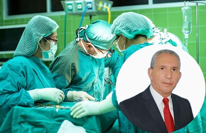 El doctor José Ramón García Domínguez es el nuevo presidente de los cirujanos