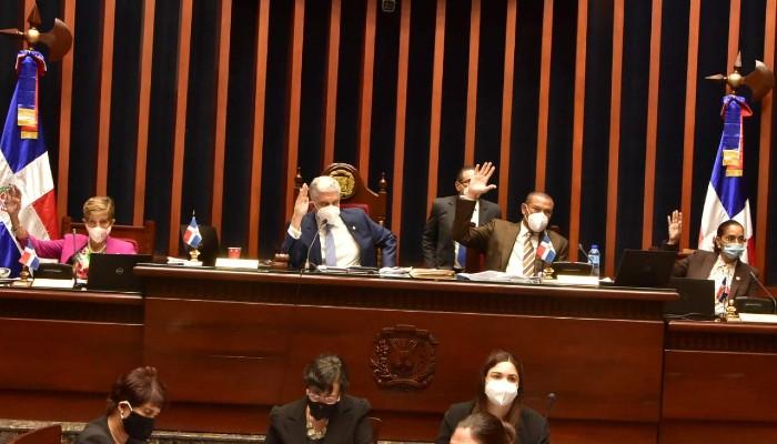 Senadores aprueban extender estado de emergencia por 45 días
