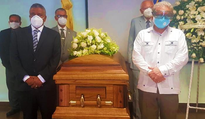 CMD despide al doctor Rubén Andújar