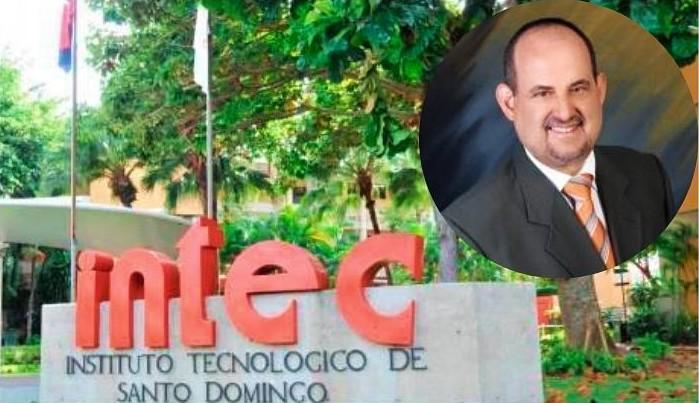 Reconocen al doctor César López por 30 años de docencia