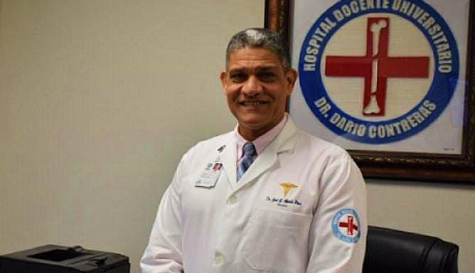 Director hospital Darío Contreras dice espera envíen sustituto