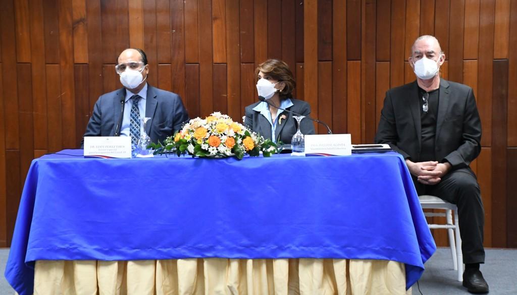 Autoridades anuncian a partir del lunes estarán disponibles las vacuna contra influenza