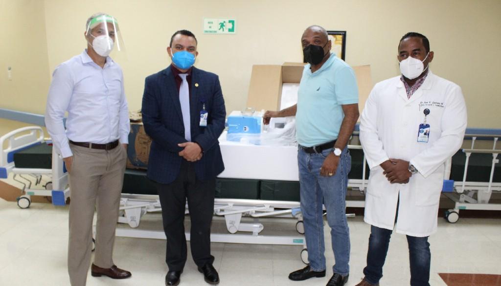 Entregan equipos a Unidad de Quemados del hospital Ney Arias