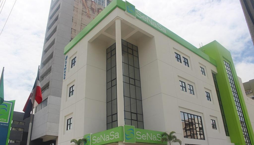 SeNaSa se compromete a resolver situación con pacientes con cáncer