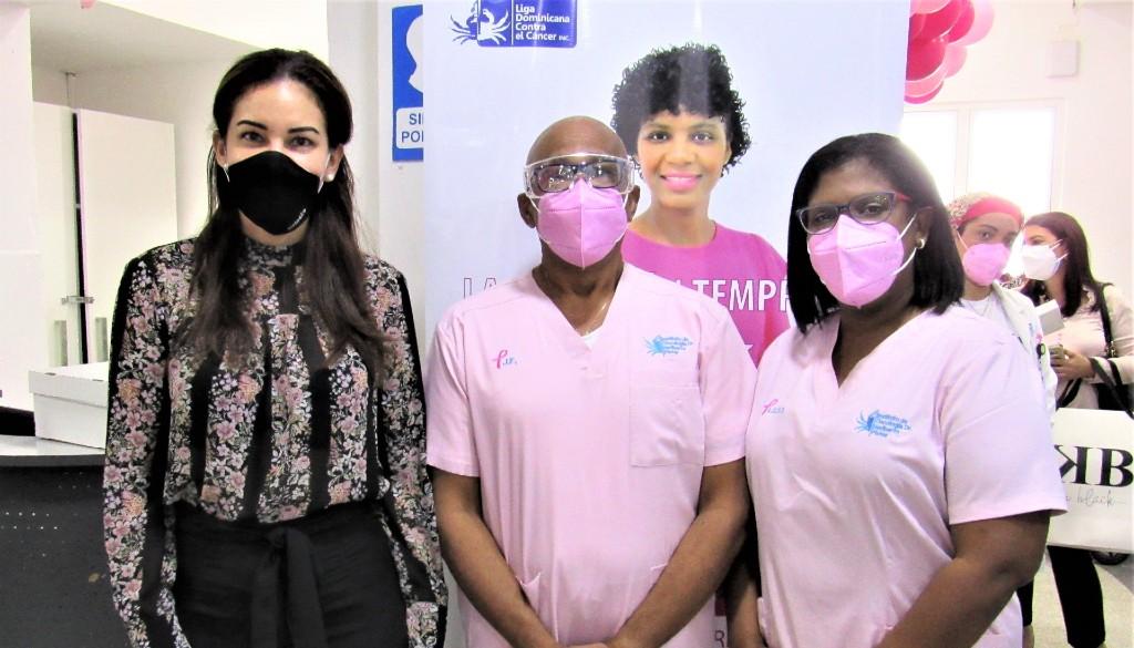 Instituto Oncológico conmemora Día Contra el Cáncer de Mama