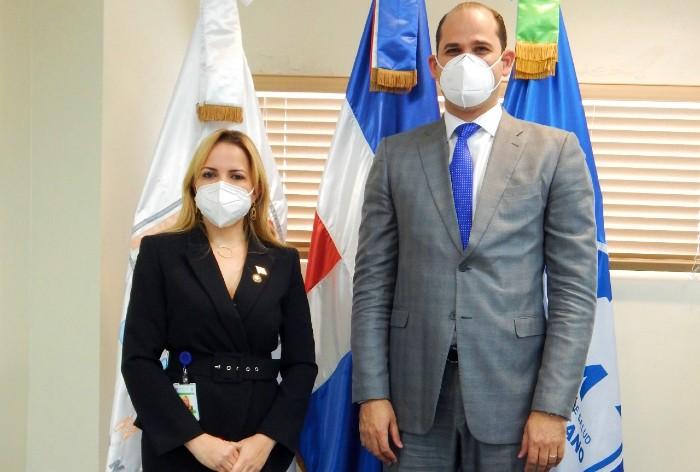 Entregan insumos para niños con diabetes a hospital Hugo Mendoza