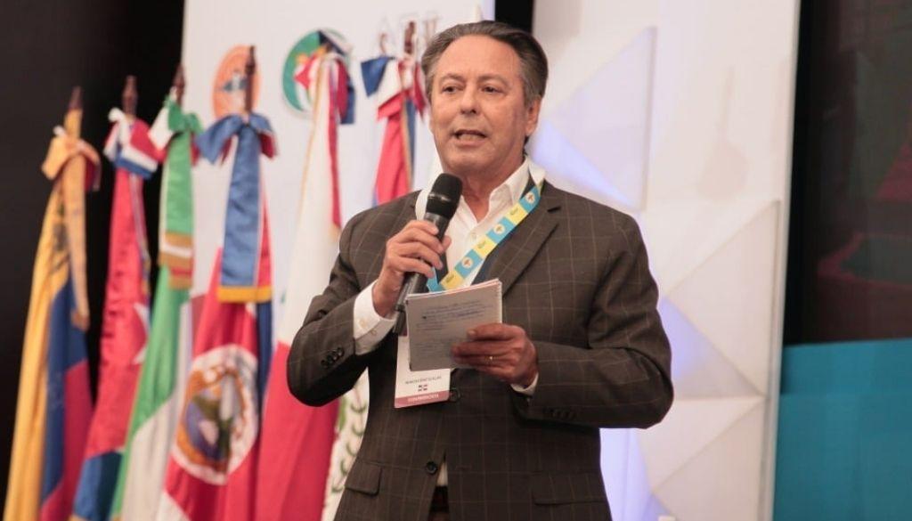Presidente pediatría valora  iniciativa de pasantías médicas en escuelas