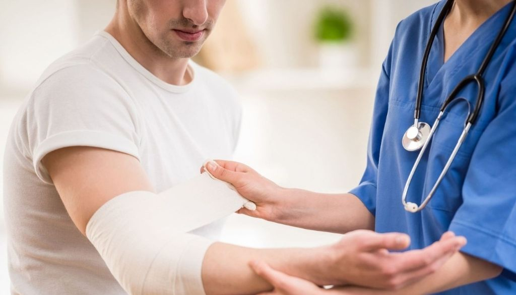 Resaltan ventajas asistencia ambulatoria y domiciliaria para atención en salud