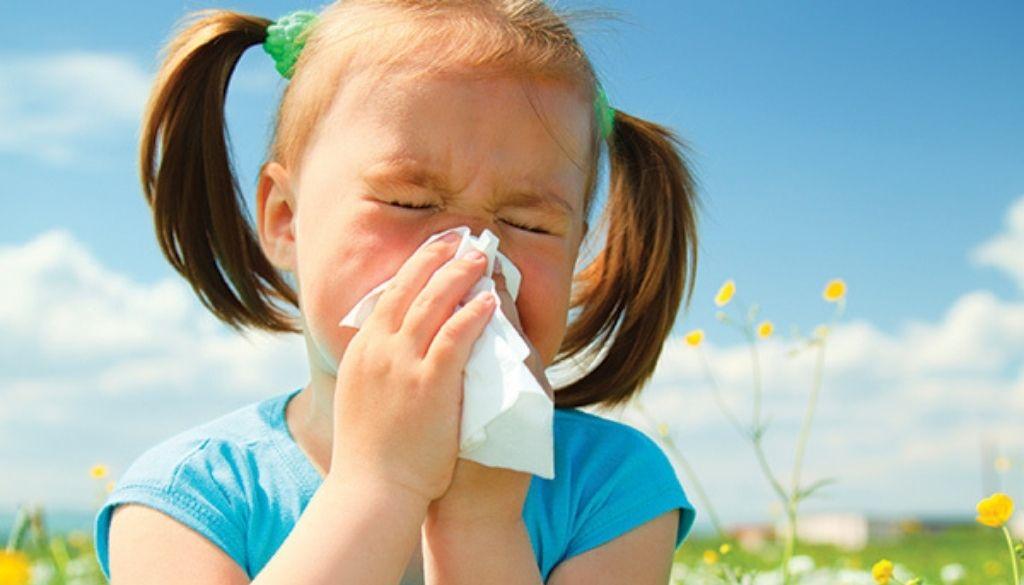 Pediatras de actualizan sobre nuevas alternativas de antihistamínicos