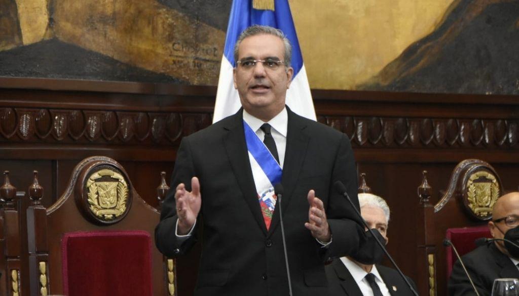 Presidente Abinader asegura 80% población estará vacunada contra el COVID-19 a finales de junio