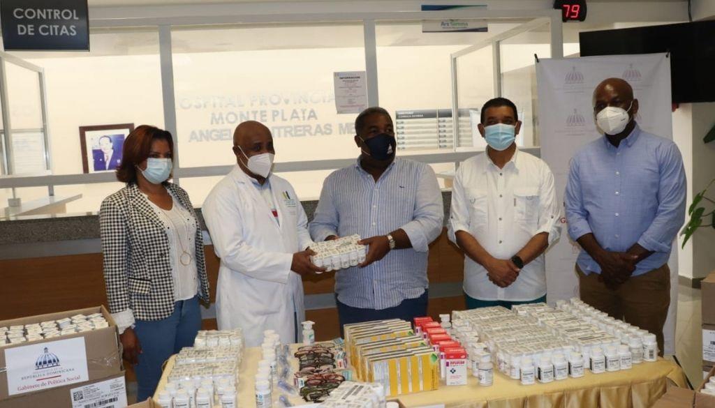 Entregan medicamentos al hospital provincial de Monte Plata
