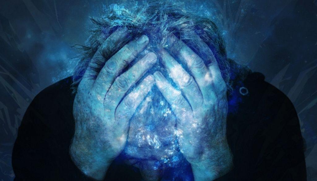 Discuten sobre manejo del déficit cognitivo y demencia