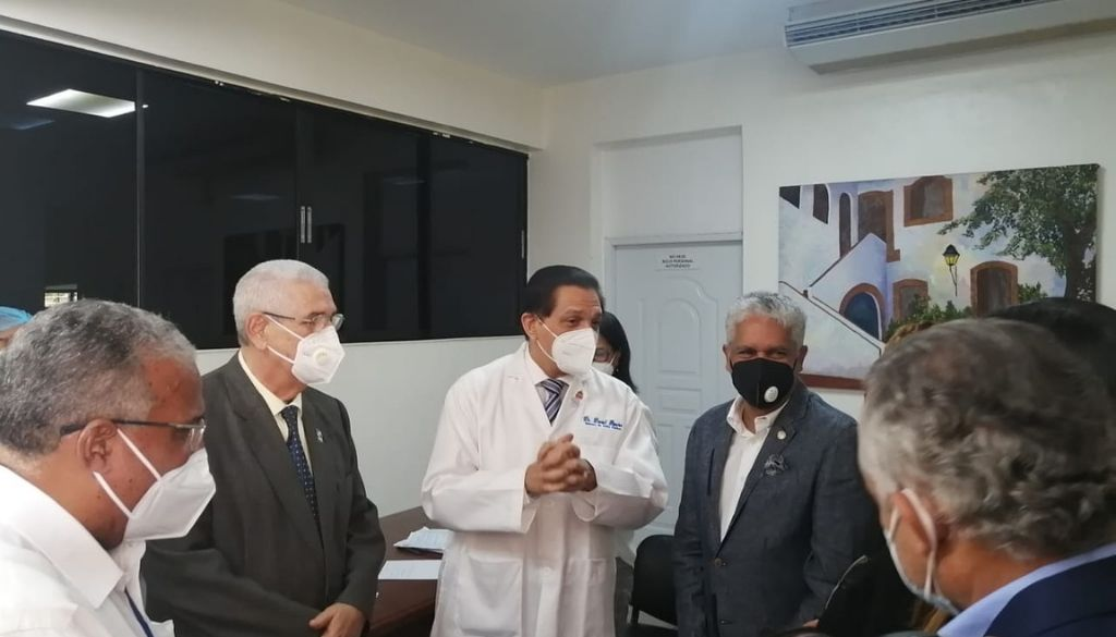 Colegio de Odontólogos inicia vacunación contra COVID-19 a sus afiliados