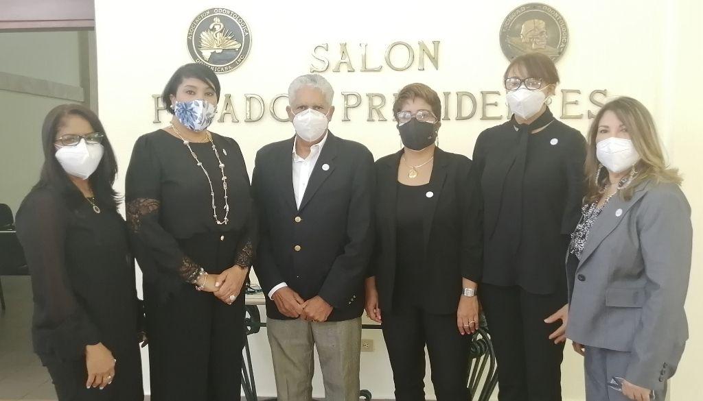 Denuncian cancelaciones masivas de  odontólogas en el Gobierno (VIDEO)