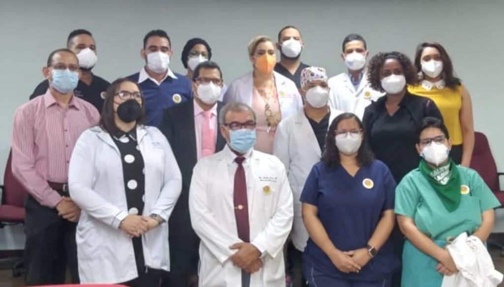 Médicos preocupados por consecuencias de asueto en la pandemia
