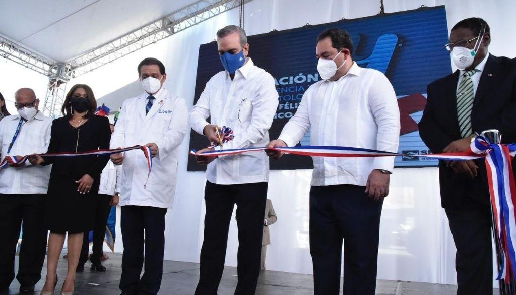 Inauguran áreas de Emergencia y Odontología en hospital Dr. Félix María Goico