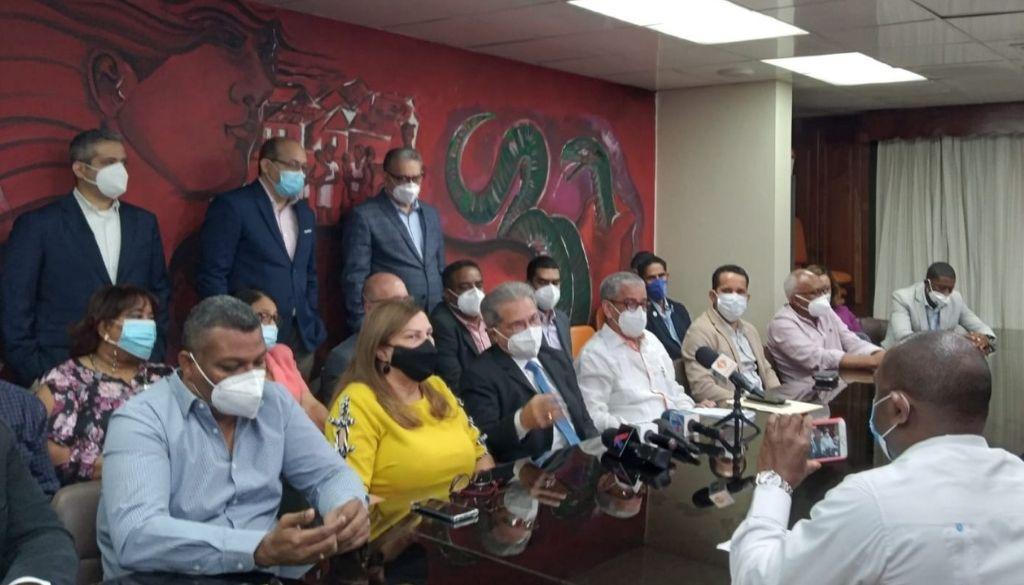 Médicos no descartan paro indefinido a ARS a nivel nacional