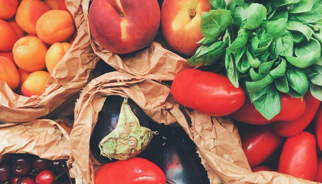 Químicos en los alimentos reducen la fertilidad en hombres, según un estudio