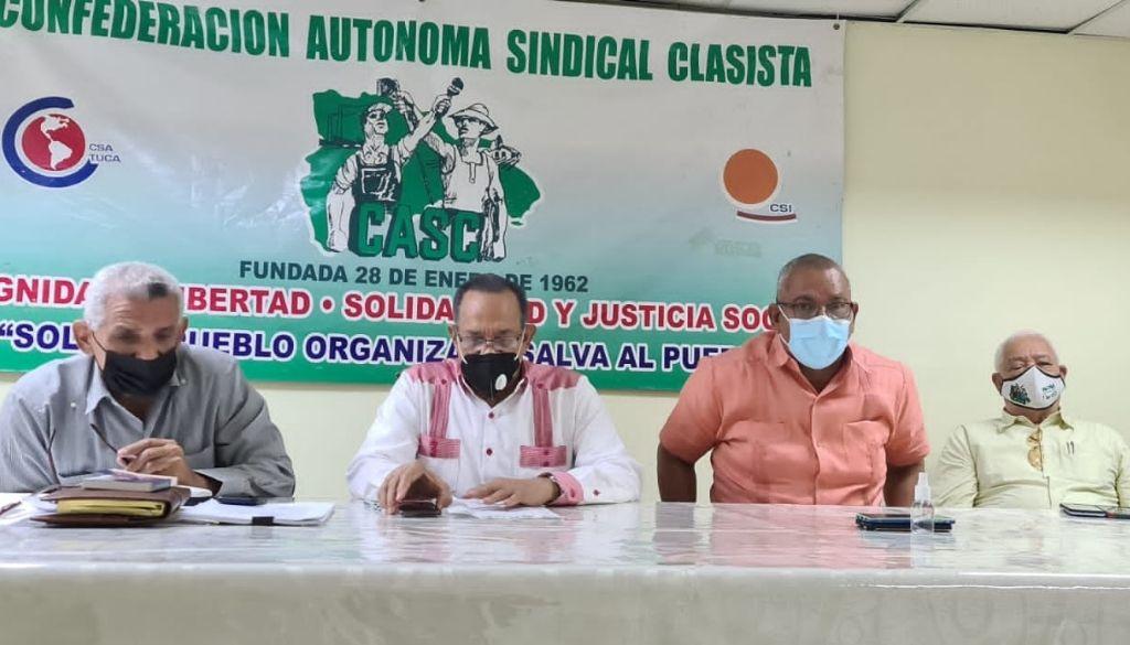 Sindicalistas arremeten contra médicos por paralización de servicios