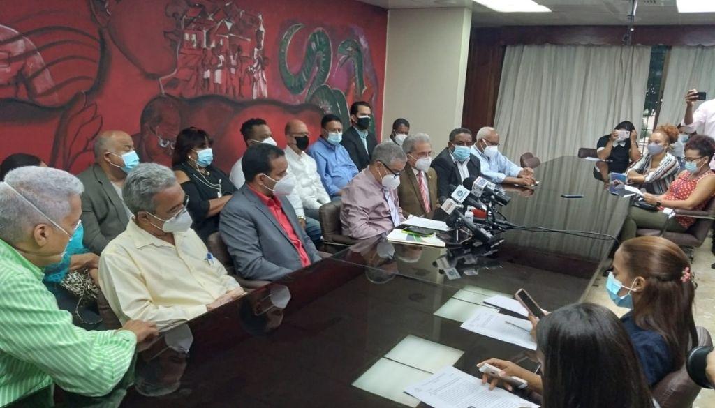 Médicos denuncian ARS no han presentado contrapropuesta a sus demandas