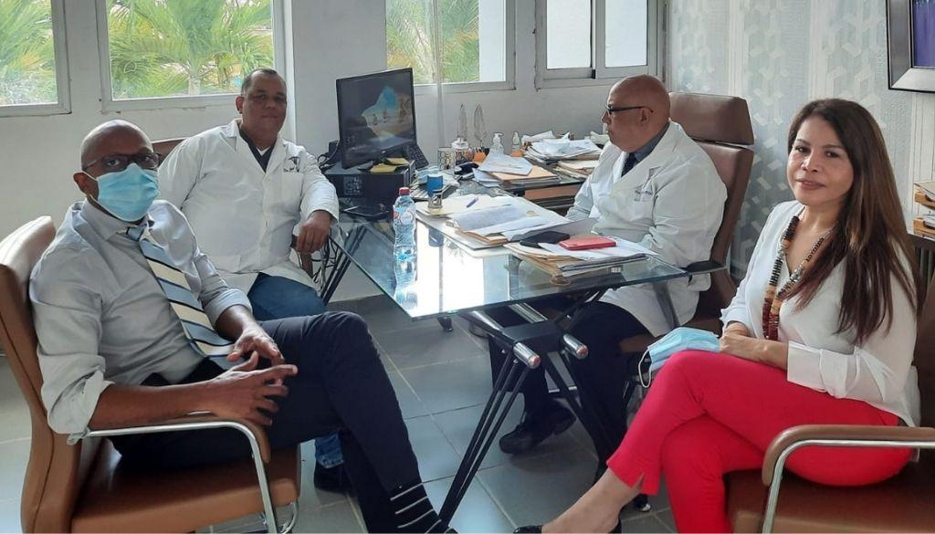 Colegio Médico y hospital acuerdan nivelación salarial