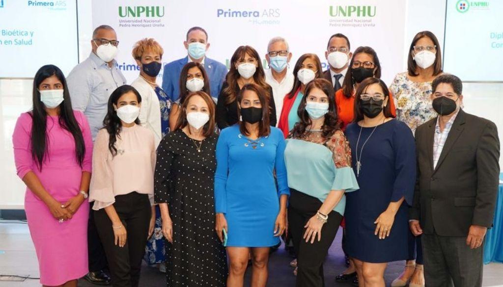 Periodistas culminan diplomado  Bioética y Comunicación en Salud