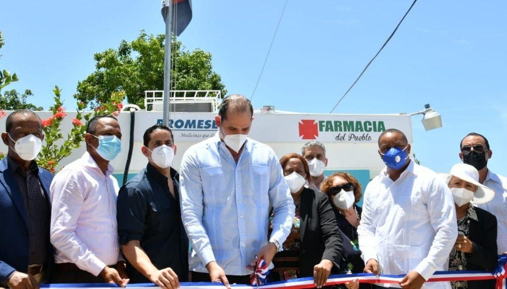 Inauguran cuatro Farmacias del Pueblo