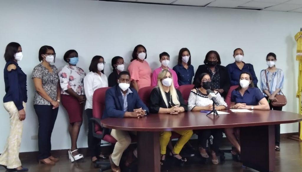 """Colegio Médico denuncia """"abandono"""" de médicos coordinadores de zona"""