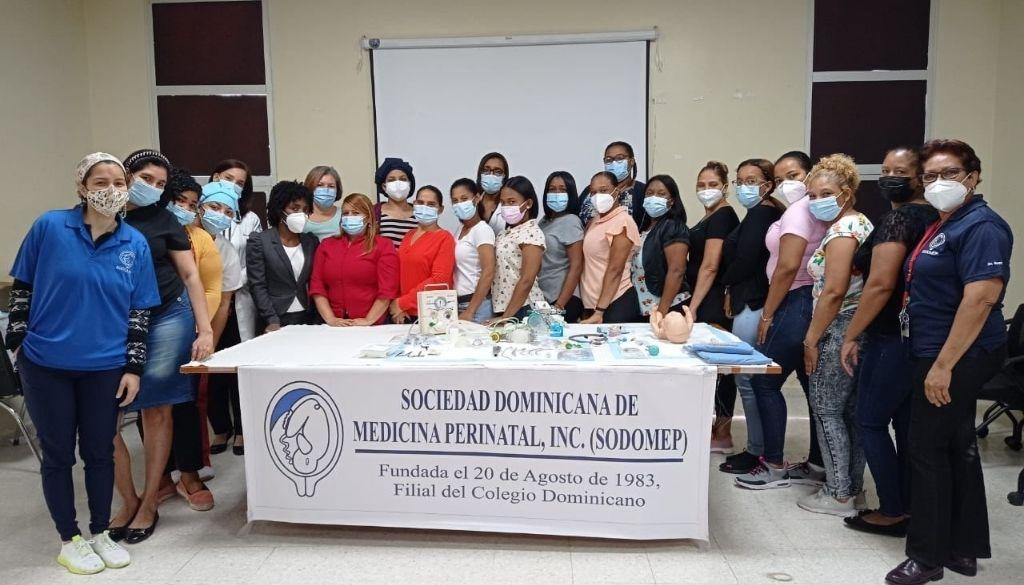 SODOMEP imparte diplomado de neonatología a enfermeras