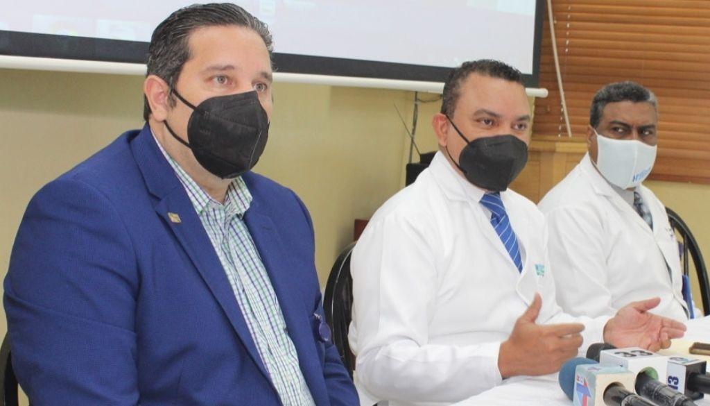 Doctor Landrón exhibe logros en el Ney Arias