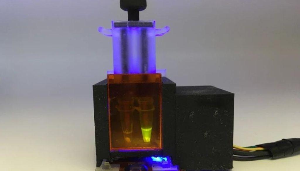 Diseñan una prueba doméstica que detecta en saliva el virus y sus variantes