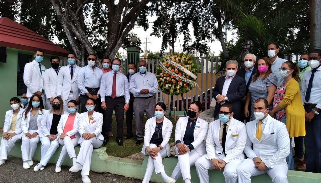 Colegio Médico rinde tributo al doctor Durán Bracho