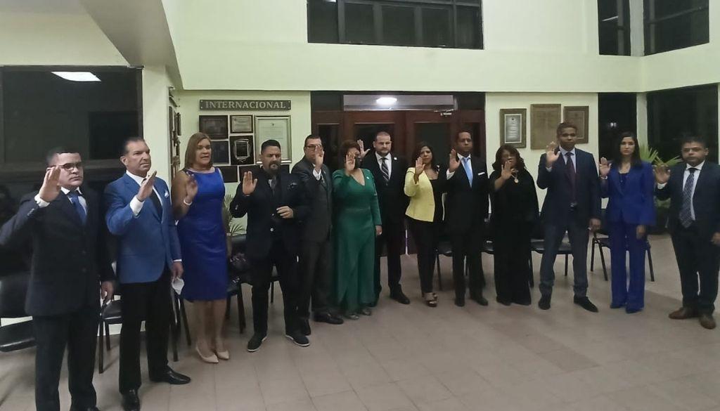 Colegio de Odontólogos juramenta directiva