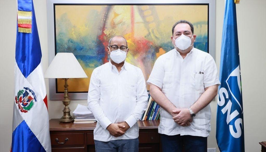 Posesionan nuevo director en Regional Salud El Valle y Hospital Profesor Juan Bosch