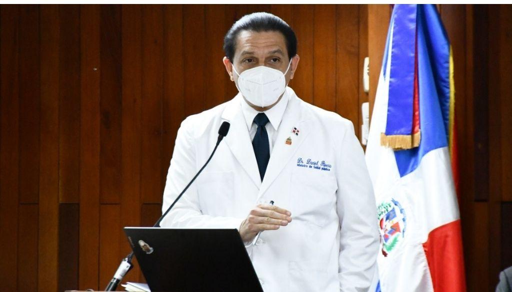 Ministro Salud llama al CMD suspender paro contra ARS