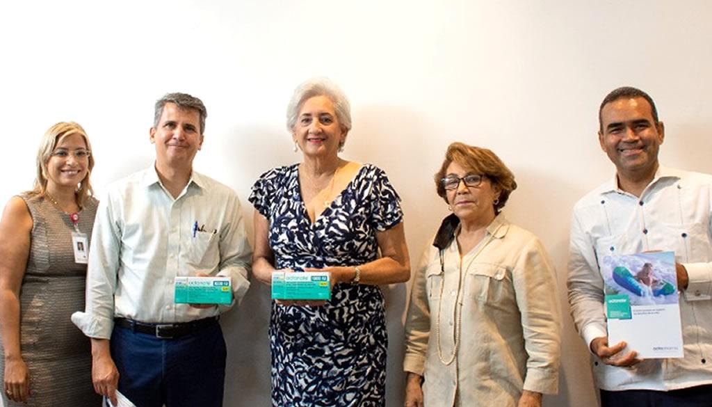 Doctores Mallen Guerra, S.A. dona 250 mil unidades de Octanate a Fundación de Apoyo al Hemofílico (FAHEM)