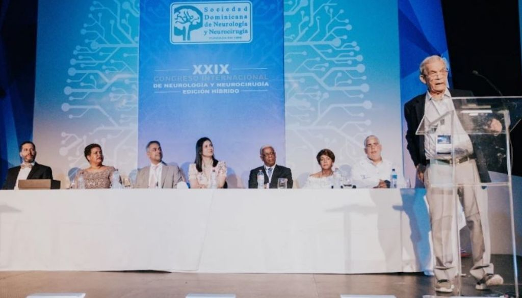 Neurólogos dan inicio a su congreso internacional