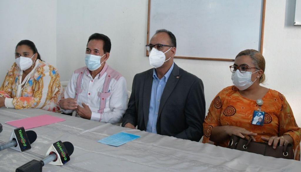 Autoridades y médicos enfrentados por insumos en hospital