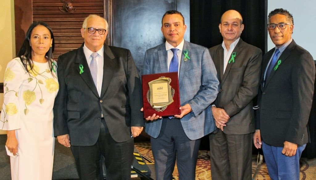 Reconocen Hospital Ney Arias por índice de donación de órganos